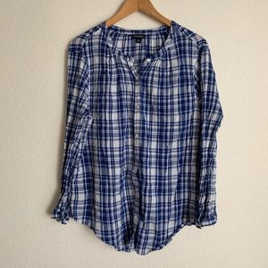 Lucky brand blue plaid long sleeve button down top